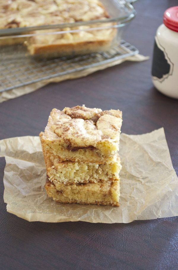 front shot of snickerdoodle bars