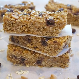 No Bake Peanut Butter Raisinette Granola Bars
