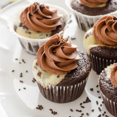 Black Bottom Cupcakes with Salted Chocolate Buttercream are chocolate cupcakes with cream cheese chocolate chip filling and silky salted chocolate buttercream. They're easy to prepare and perfect for any occasion! @FlavortheMoment