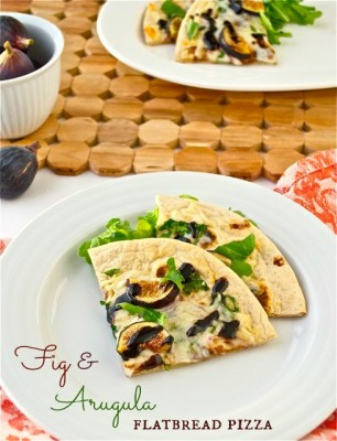 fig and arugula flatbread pizza