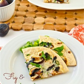 Fig and Arugula Flatbread Pizza