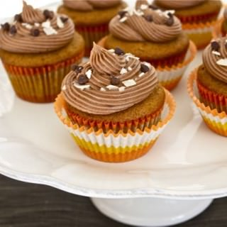 pumpkin cupcakes with coconut filling and chocolate cream cheese frosting5