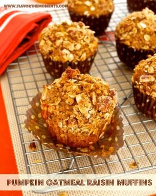 Pumpkin Oatmeal Raisin Muffins with Oat Pecan Streusel - Flavor the ...