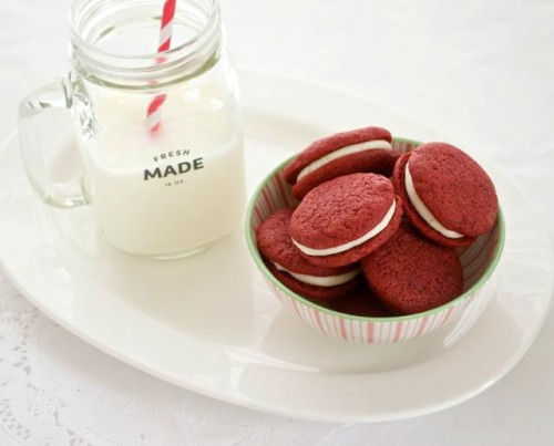 homemade red velvet sandwich cookies4