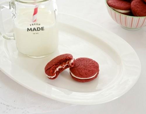 homemade red velvet sandwich cookies5