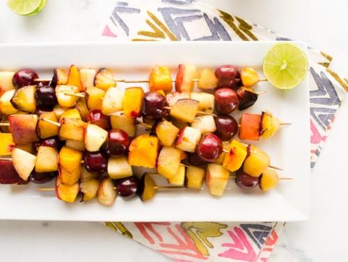 grilled stone fruit skewers with brown sugar cinnamon greek yogurt dip5   flavorthemoments.com