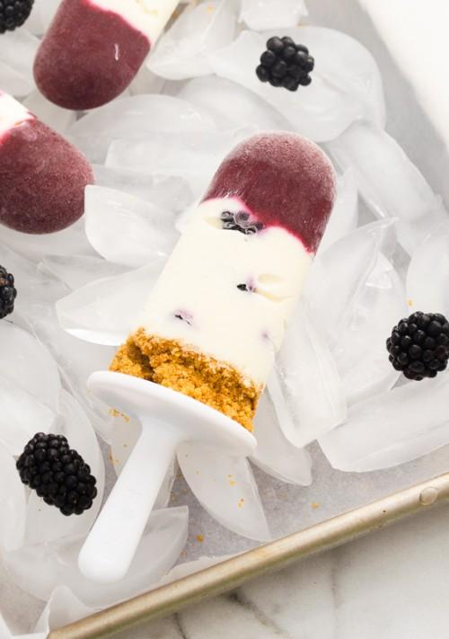 blackberry lemon cheesecake popsicles2 | flavorthemoments.com