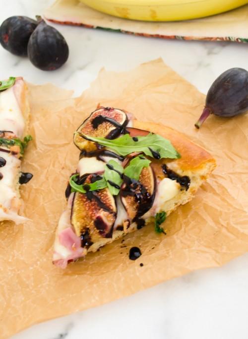 fig-prosciutto-arugula-focaccia-bread-pizza4 | flavorthemoments.com