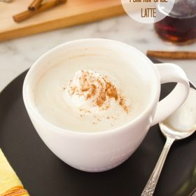 homemade-pumpkin-spice-latte1 | flavorthemoments.com