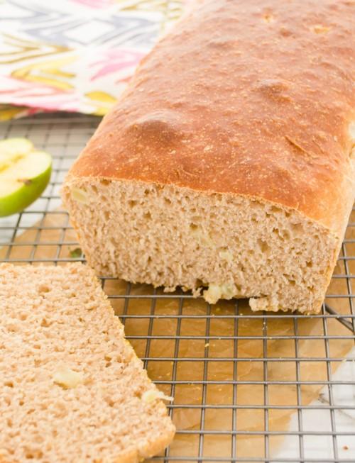 apple-cinnamon-english-muffin-bread3 | flavorthemoments.com