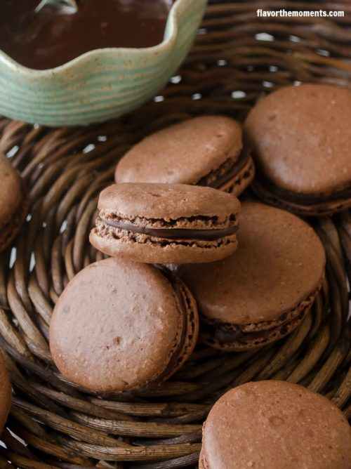 chocolate-hazelnut-macarons4 | flavorthemoments.com