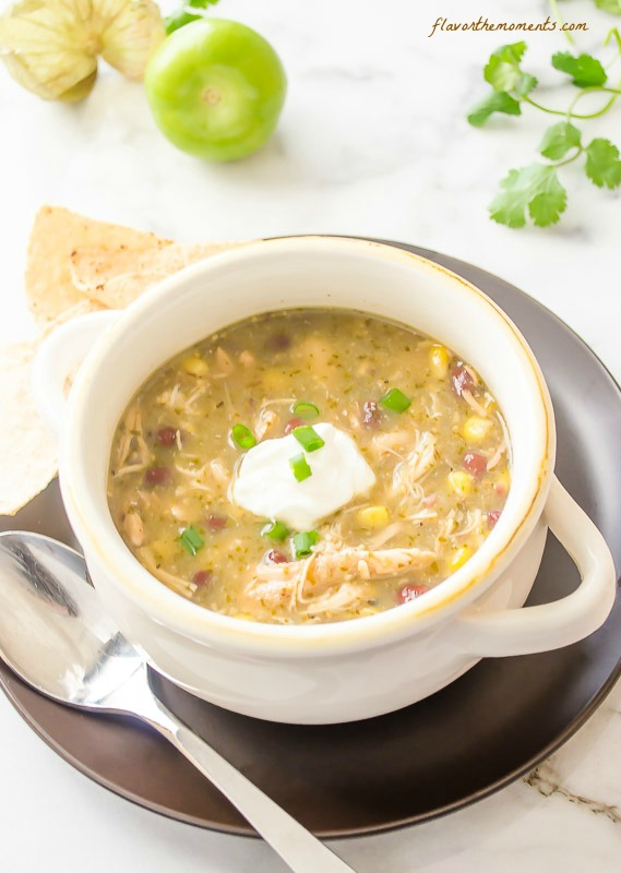 slow-cooker-chicken-salsa-verde-tortilla-soup3 | flavorthemoments.com