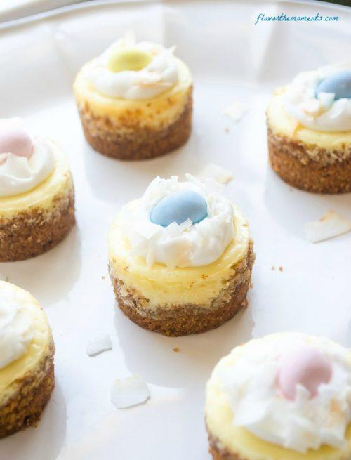 mini-coconut-cream-cheesecakes5 | flavorthemoments.com