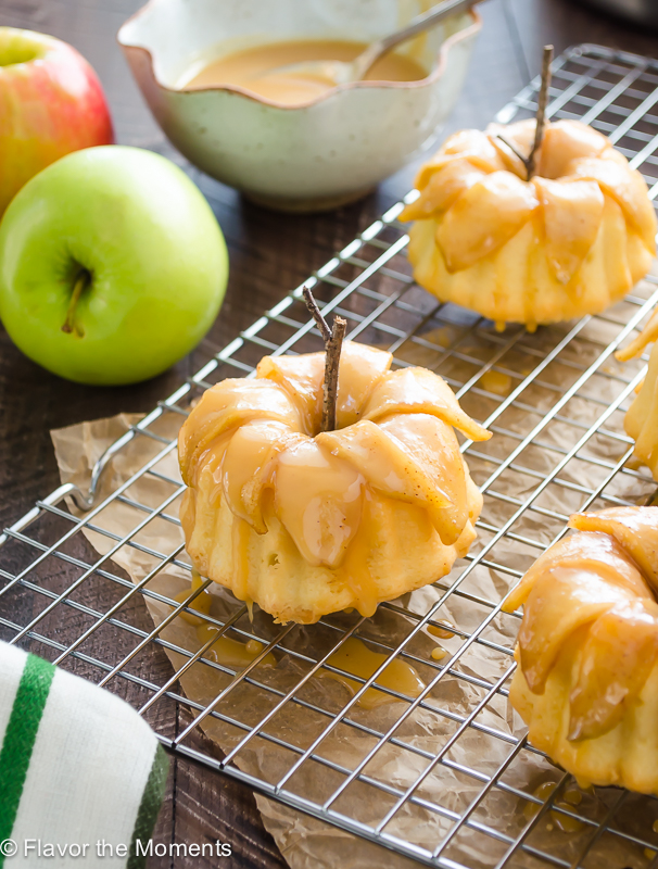 caramel apple pound cakelettes on wire rack closeup
