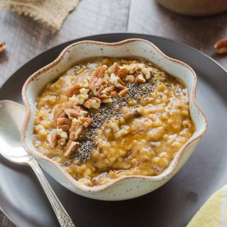 Slow Cooker Pumpkin Chia Steel Cut Oats {Video}