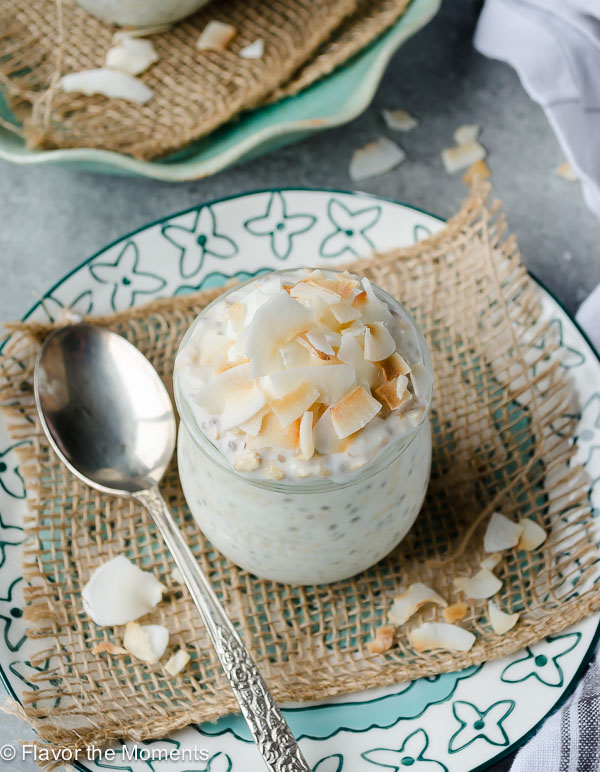 Coconut Cream Pie Chia Overnight Oats are high protein overnight oats with chia seeds, Greek yogurt, and plenty of coconut. This is the healthy, delicious way to kickstart your morning! @FlavortheMoment