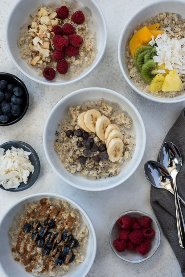 banana chocolate chip quinoa oatmeal breakfast bowls
