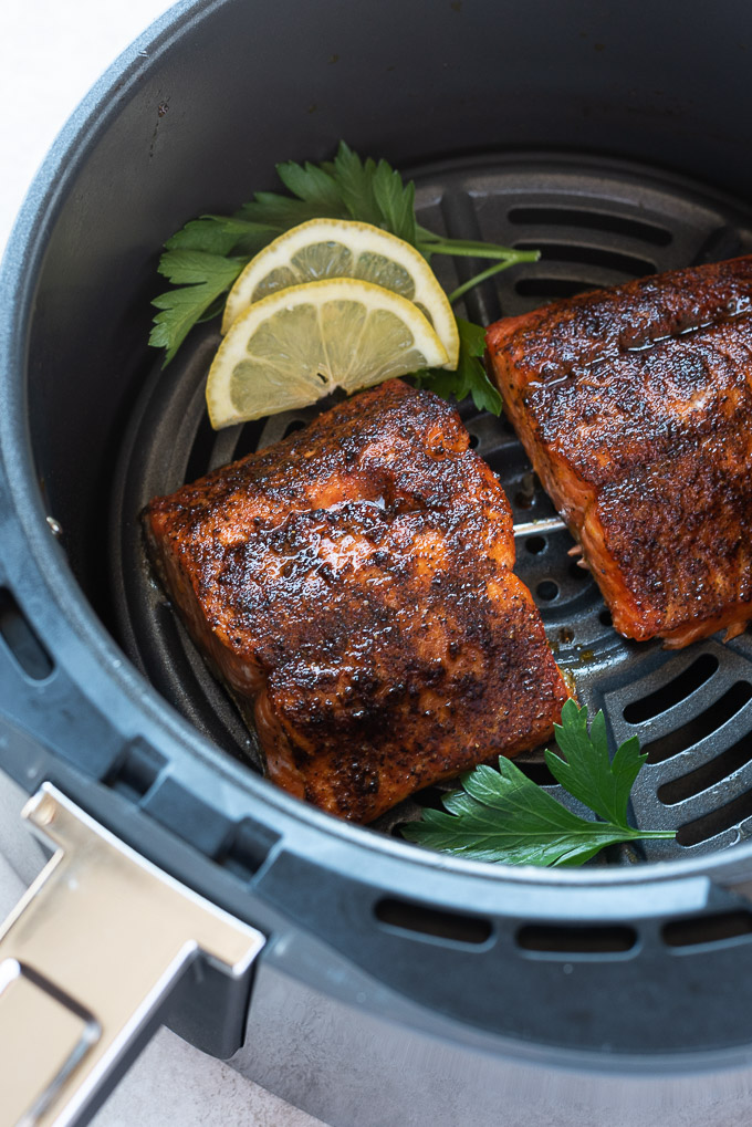 Salmon in air fryer with lemon and parsley